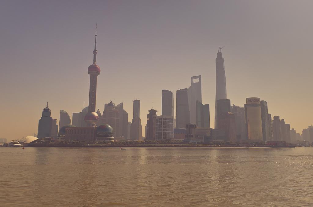 """10. """"Замыленная"""" миллионами кадров панорама небоскребов в Шанхае. Отчеты о путешествии по Китаю самостоятельно."""