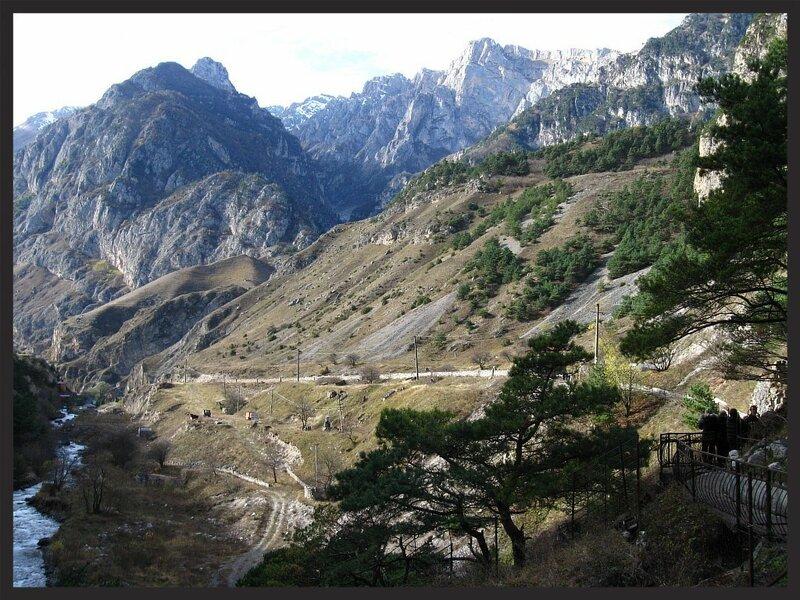 """Точка съемки находится на """"Кадаргаванском перевале"""". См.описание справа от фото. (IMG_0005.jpg)"""