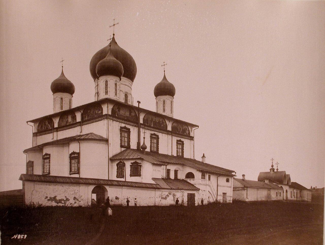 Богородицы Знаменского монастыря (построен в 1682-1688 гг.) на Торговой стороне