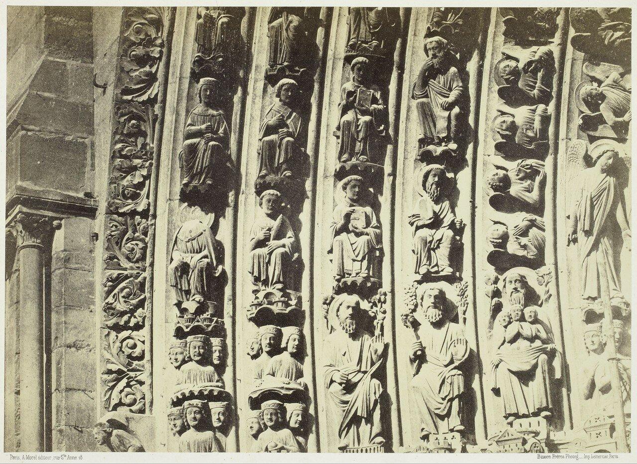 10. Фрагмент архивольта центральных ворот собора