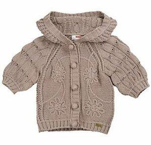 Листочки и цветочки для мамы и дочки-курточки спицами