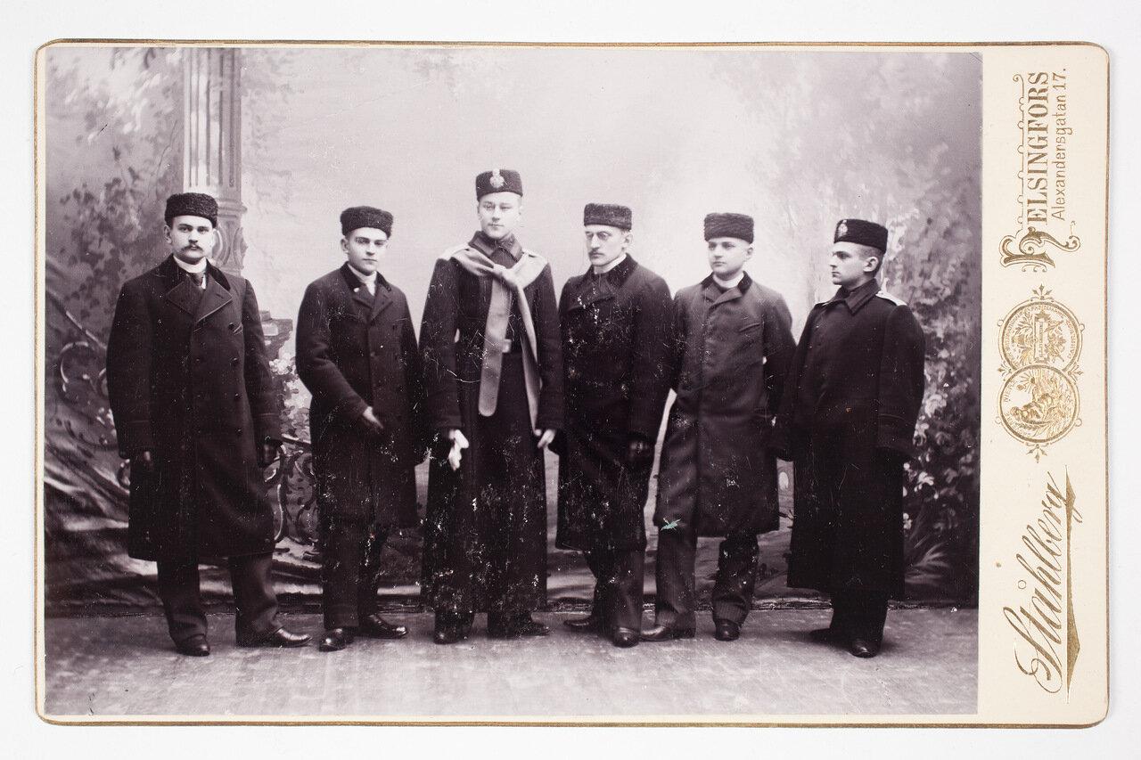 Конрад, Хилдинг, Эйнар, Вальтер и Харальд Мейнандер с Хьялмаром Реландером