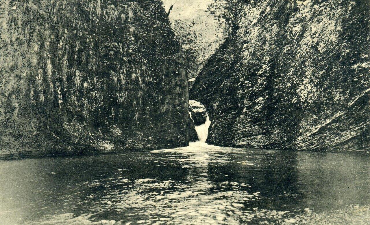 Ущелье на реке Мацесте