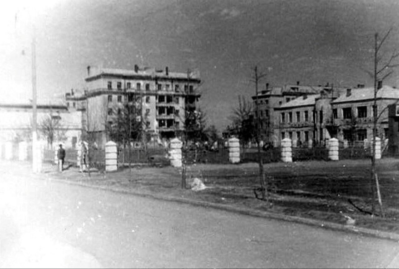 Вид на улицу Октябрьская, со стороны старой школы, 30-40 годы
