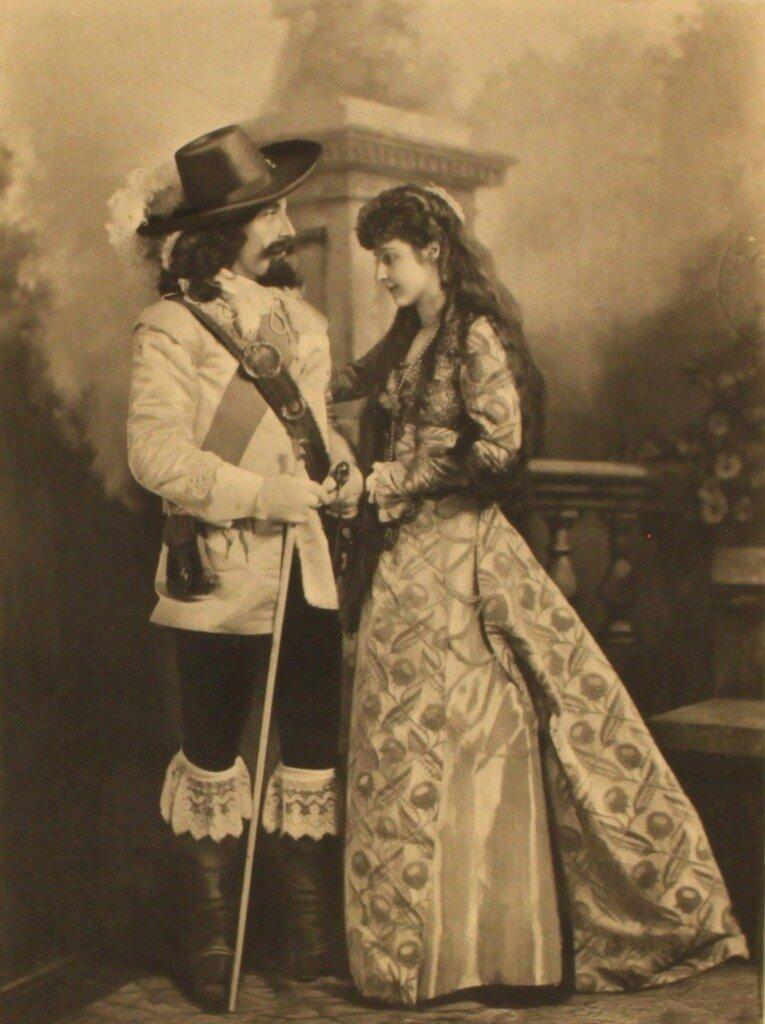 lord-charles-montagu-as-charles-i-lady-chelsea-as-an-italian-flower-girl-p221-2.jpg
