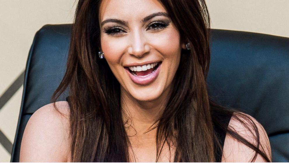 Ким Кардашьян намерена вернуть стройную фигуру