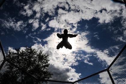 Новый рекорд по числу переворотов в воздухе установили в Лас-Вегасе