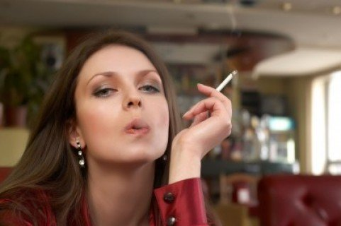 С 1 июля сигареты уберут с прилавков белорусских магазинов