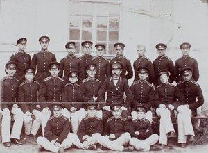 Группа воспитанников Кадетского корпуса- певчих.
