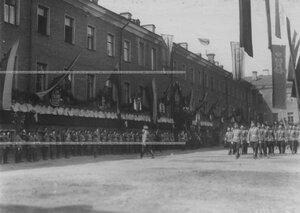 Церемониальный марш лейб-егерей в день празднования 100-летнего юбилея Кульмского боя.