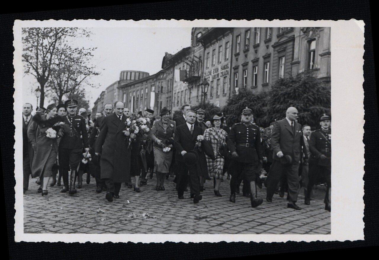 Польская праздничная церемония после аннексии Заользья