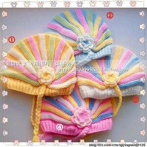 Веселенькие полосатики - шапочки спицами