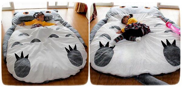 Мягкая кровать в виде мультяшного героя