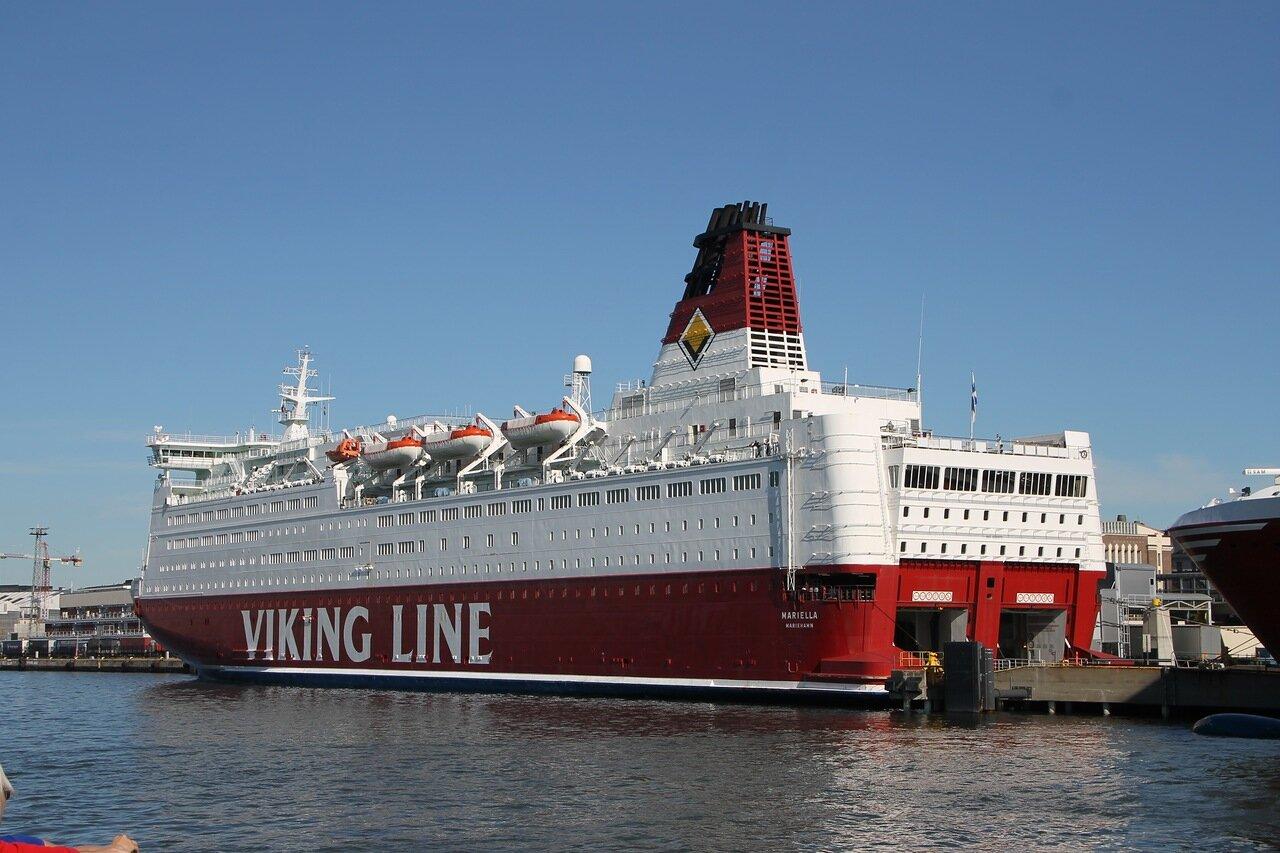 Хельсинки, Южная бухта, паромный терминал Viking Line