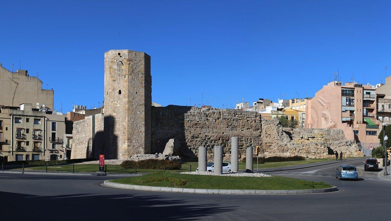 Таррагона. Башня монахинь. Torre de les Monges.Tarragona
