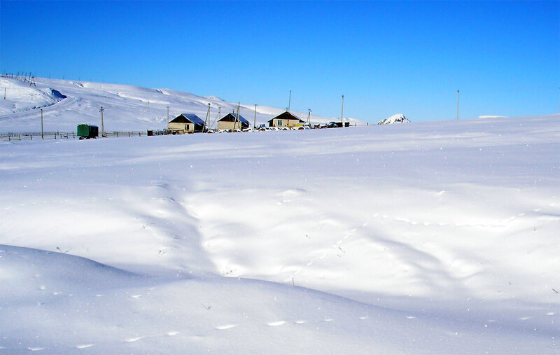 Домики на плато Бечасын