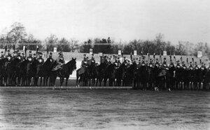 Третий (штандартный) эскадрон на параде полка.