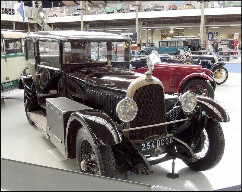Autoworld 8097 Voisin Type C-14 1929 6cyl 2327cc 13hp.JPG
