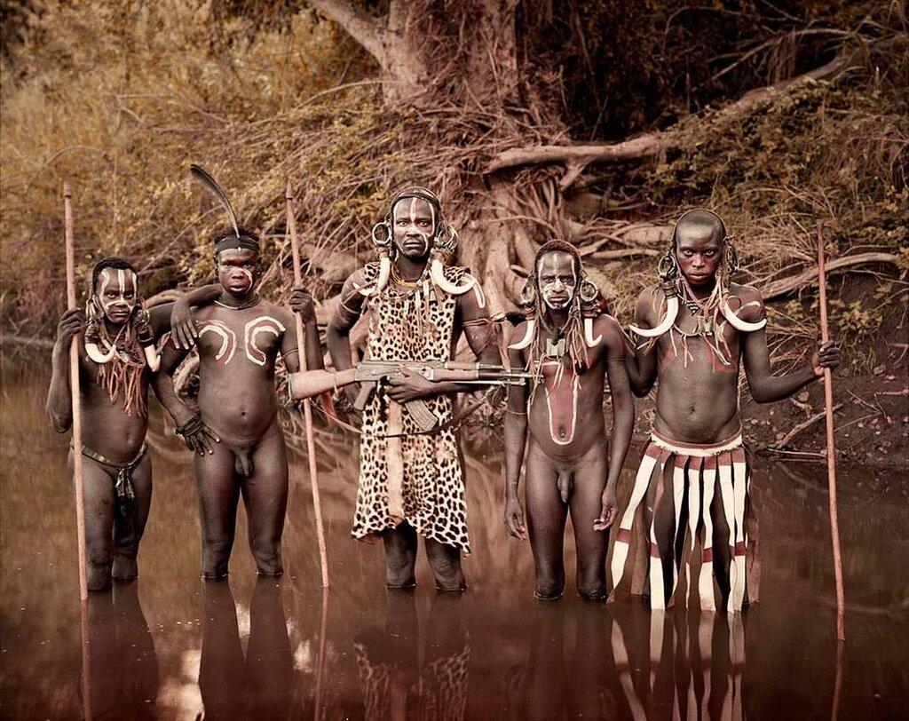 Представители эфиопского племени мурси (5)