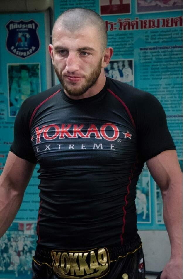 Чемпион Европы по тайскому боксу Джабар Аскеров ответил на вопрос