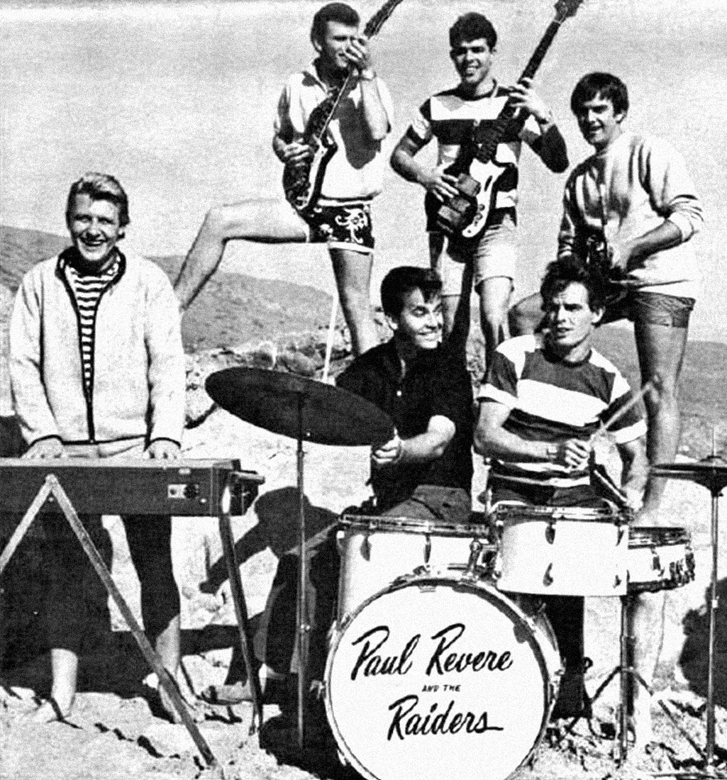 1966. «Paul Revere And The Raiders»