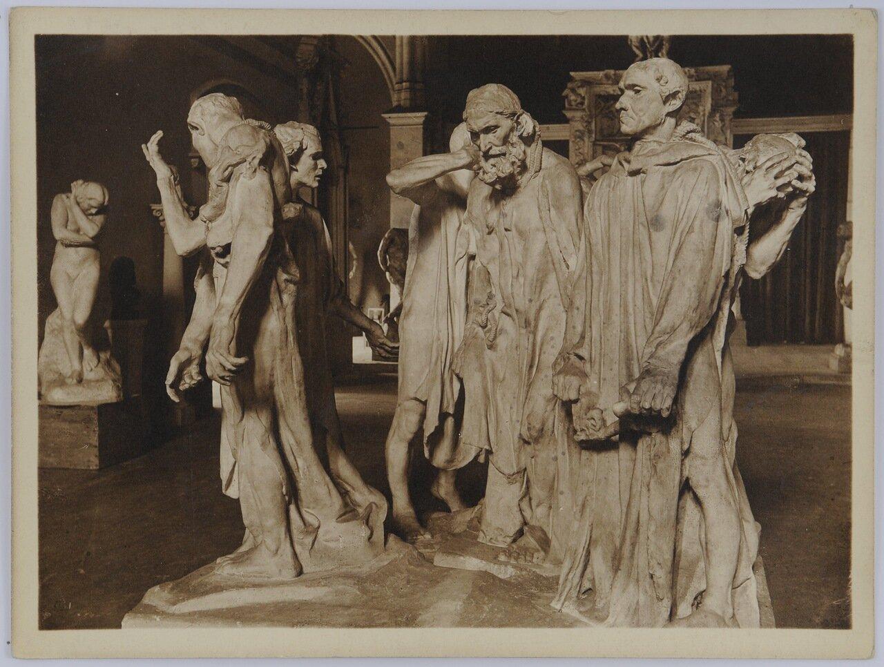 Скульптура «Граждане Кале» Огюста Родена