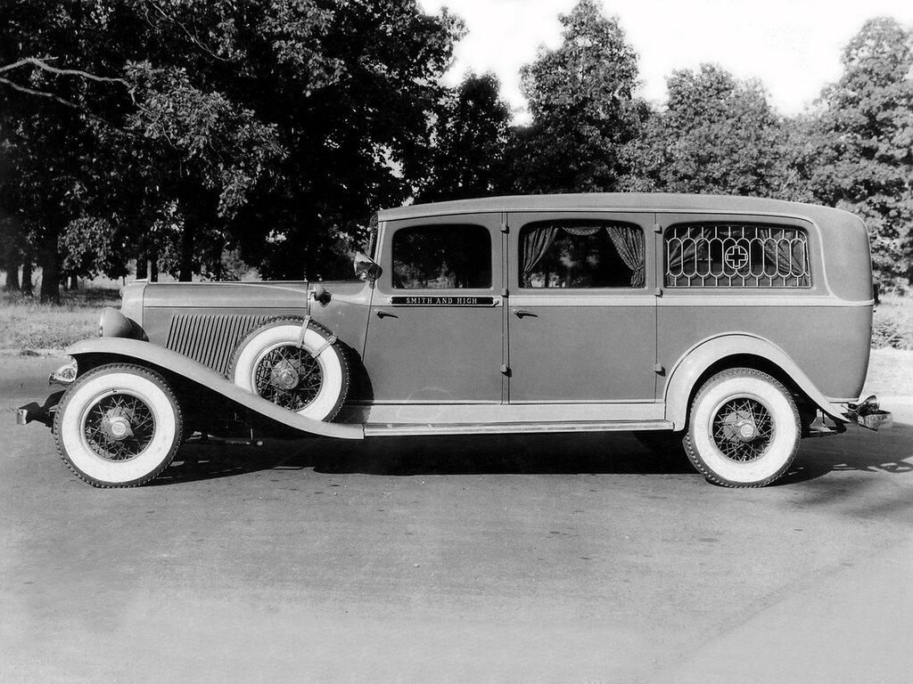1932_Superior_Auburn_Ambulance_emergency_stationwagon_retro_____g_2048x1536.jpg