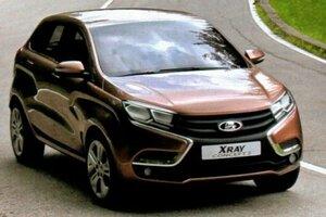 В России начались дорожные тесты Lada XRay