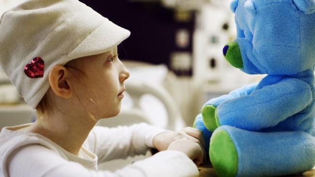 Говорящий робот-медвежонок окажет помощь госпитализированным детям