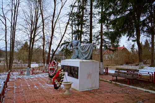 Воинское кладбище ВОВ в д. Марс, Московская обл