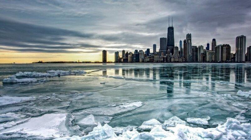 Озеро Мичиган замерзшее