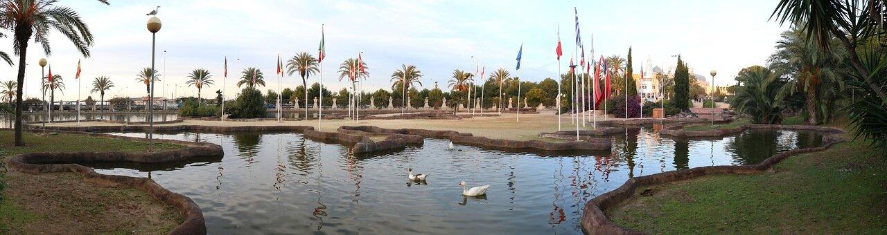 Торревьеха. Парк Наций (Jardín de las Naciones)