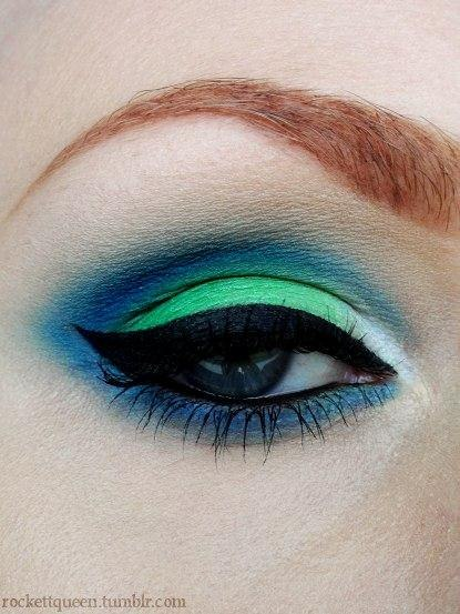 Blue green eyes makeup