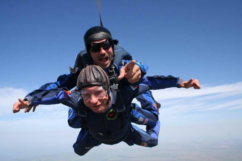Ростовский аэроклуб - А ты когда-нибудь прыгал с парашютом?