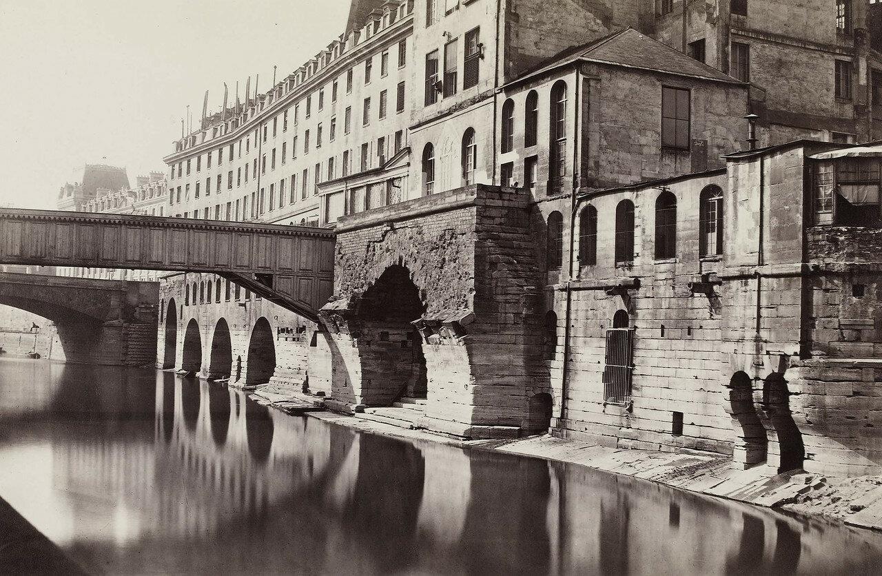1865-1868. Старая больница Отель-Дьё и мост Сент-Шарль