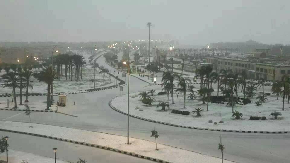 Снег в Каире, Египет
