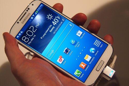 Samsung анонсирует свой Galaxy S5 уже в апреле текущего года