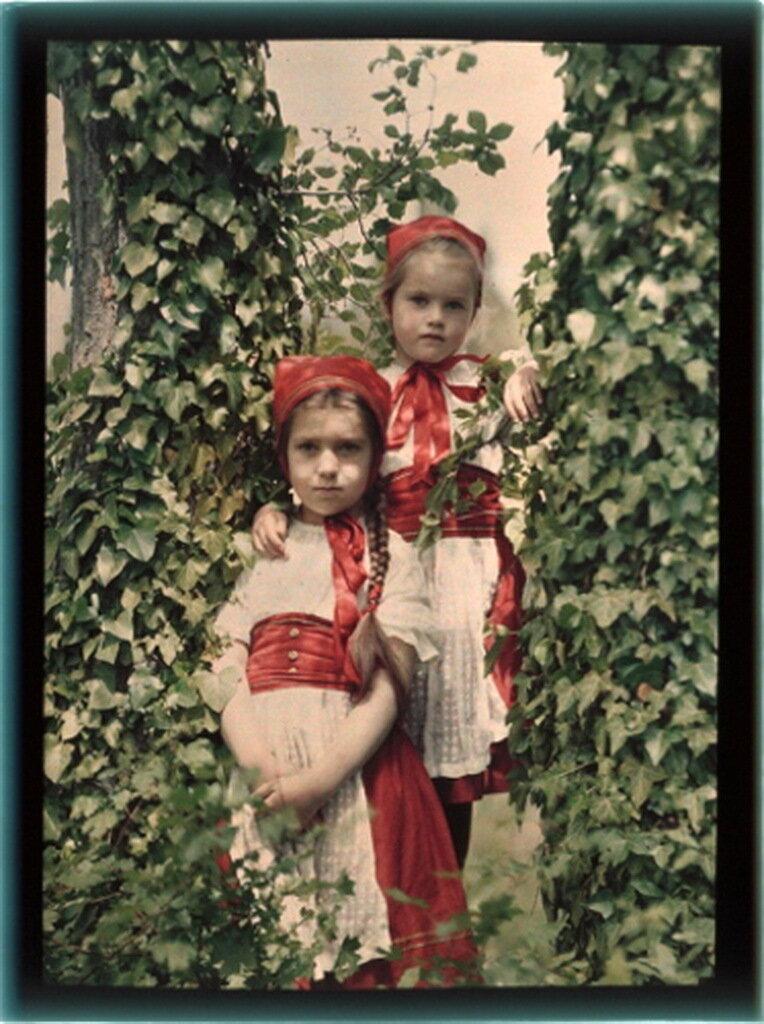Лиза и Таня Козаковы. Ялта..jpg