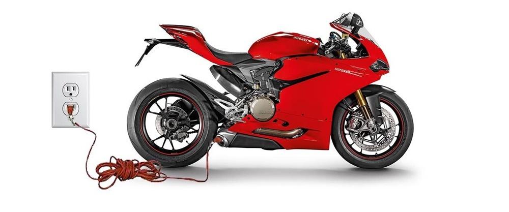 Эдуард Лотте рассказал о будущем Ducati: элетроциклы + скутер