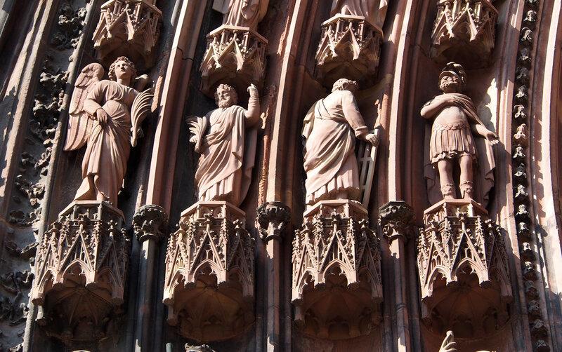 Страсбургский собор. Левый вход