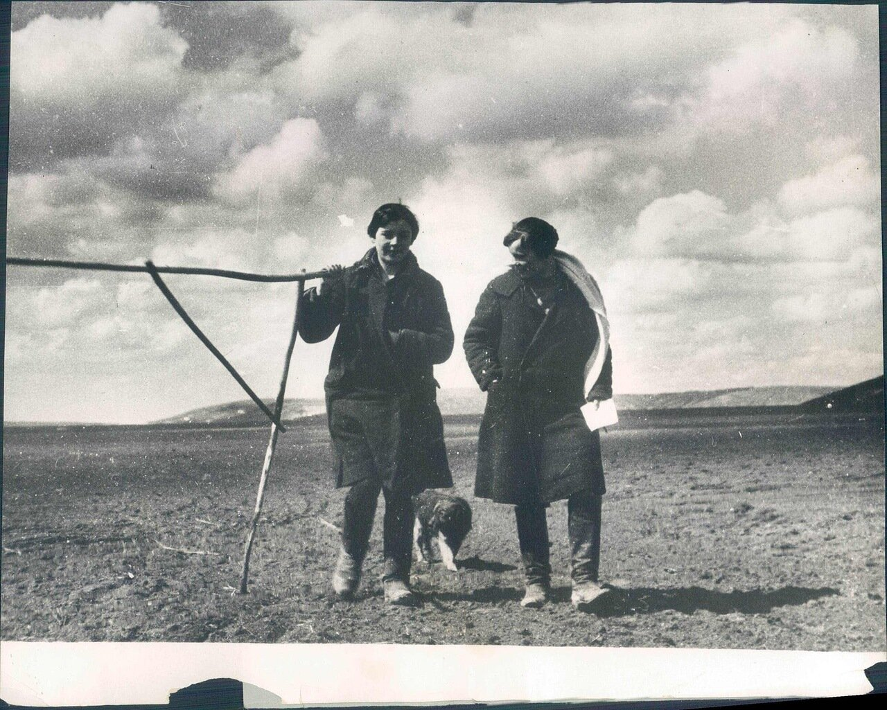 1931. Женщина землемер