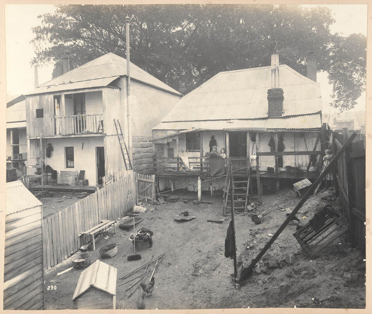 Дом № 7 на Вест-стрит неподалеку от Оксфорд-улицы