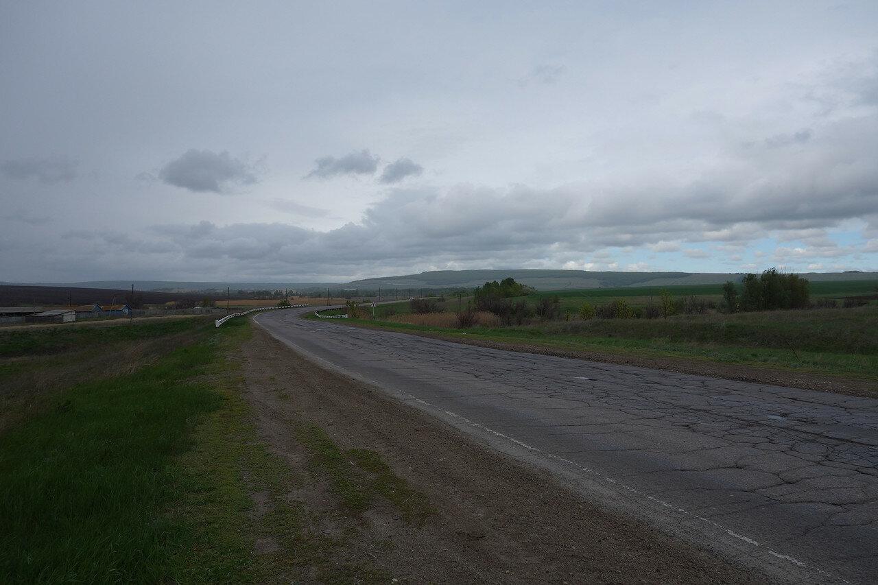 пасмурное шоссе на Саратов