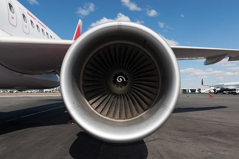 Airbus A319-111 (VQ-BTL) VIM Airlines D708349