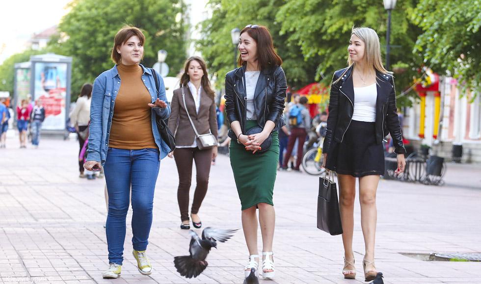 Как снимают девушек на улице в россии фото 725-608