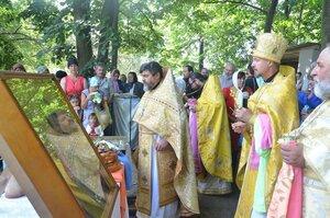 Rugăciunea care a unit satul Clococenii Vechi