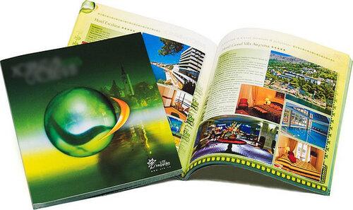 Удобный и эффективный вид рекламы печать каталогов и брошюр