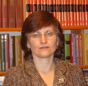 Елена Голованова, профессор кафедры теории языка, ЧелГУ.jpg