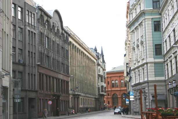 Песочная улица (Смилшу) в Старой Риге