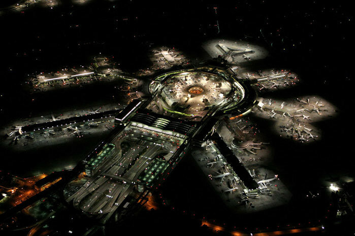 Фотография аэропорта Сан Франциско ночью